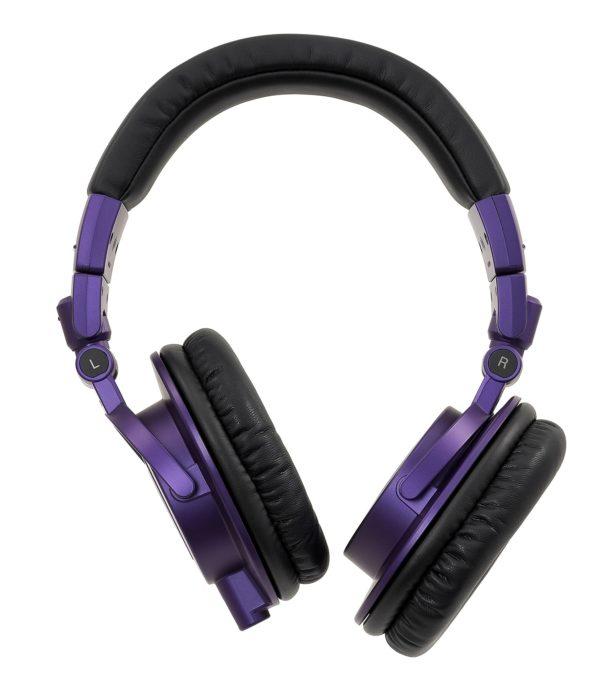 M50x Purple kuulokkeiden kupit kääntyvät ympäri.