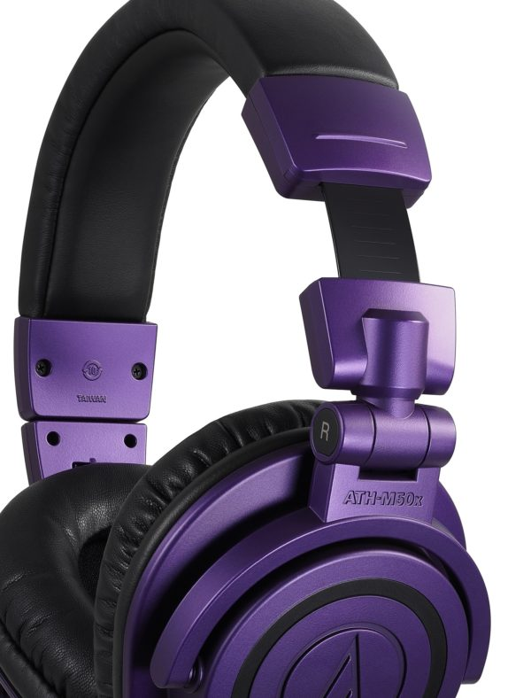 M50x Purple kuulokkeiden pidennysmekanismi lähikuvassa.