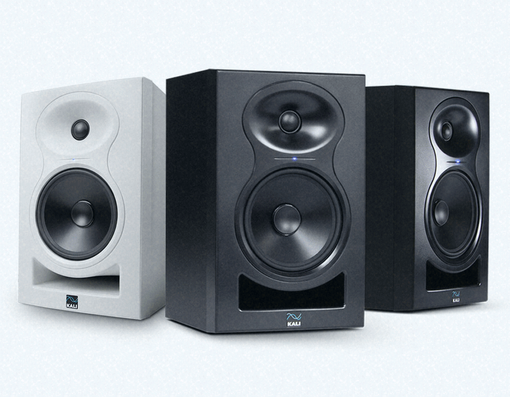 Kali Audio Lone Pine Studiomonitorit.