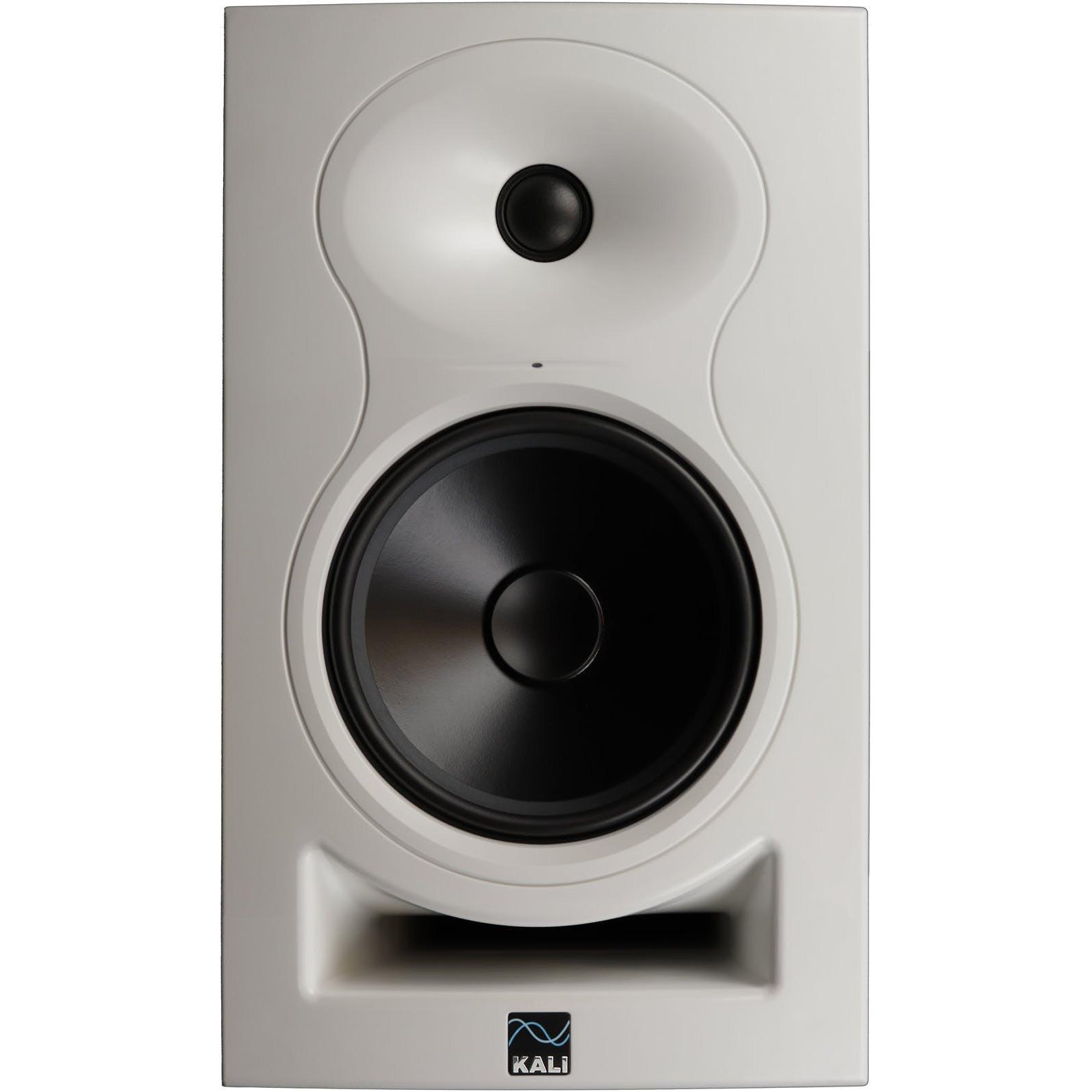 Kali Audio LP-6 studiomonitori valkoinen.