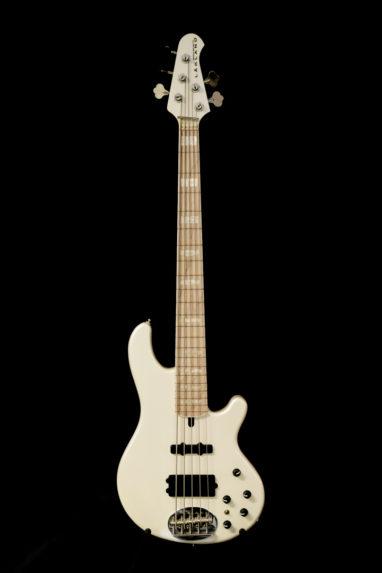 Lakland 55-02 Custom White basso.