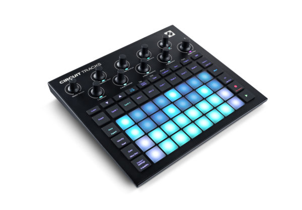 Novation Circuit Tracks groovebox sivusta.